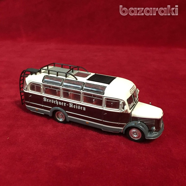 Collectible steyr 380 q bus 1/72 scale-2
