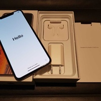 Apple iphone xs 64gb gold - with box and accessories