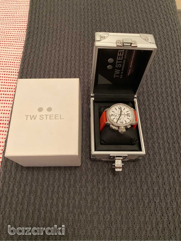 Original tw steel crystals watch with box and extra strap-3