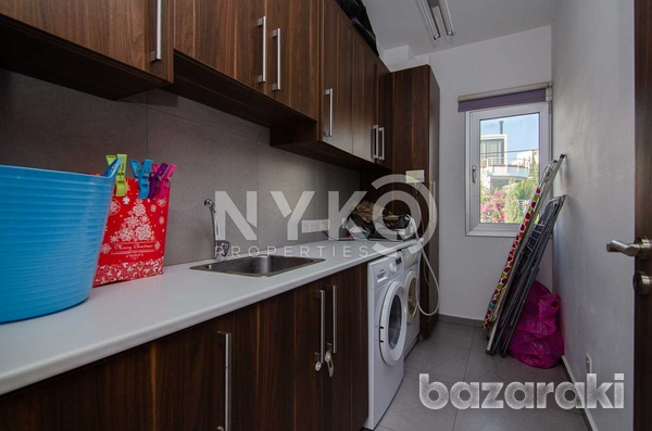4 bedroom plus annex detached house in ekali-12