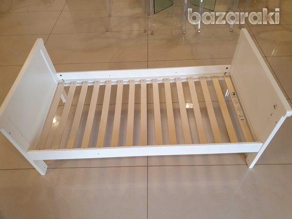 Mothercare cot bed with mattress-8
