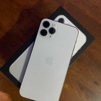 Iphone 11 pro, 64gb,white, like new condition, battery 88