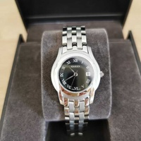 New ladies gucci watch 5500l