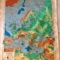 Rand mcnally vintage roll-down map of europe.