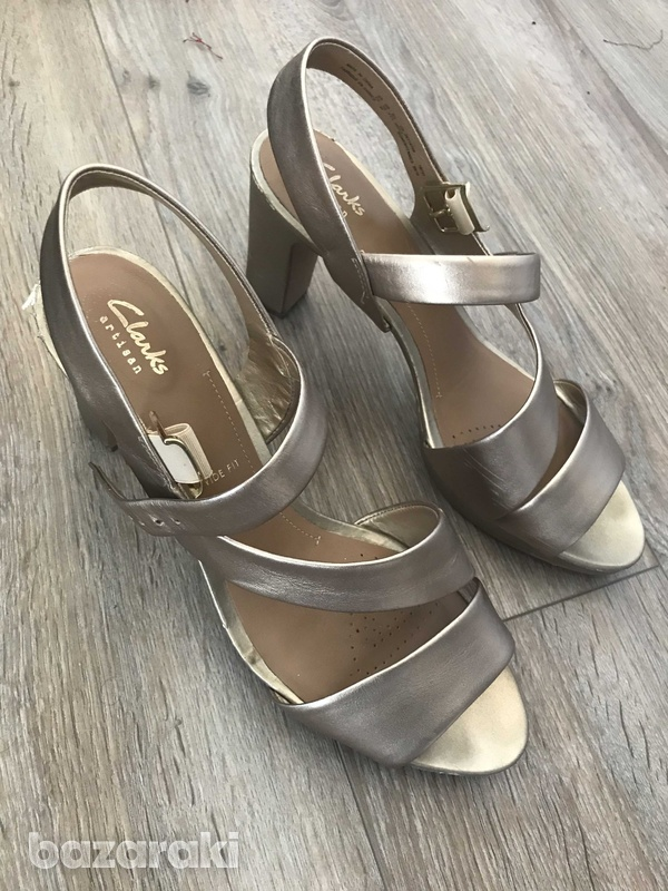 Clarks leather shoes-2