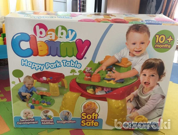 Baby play table with blocks-3