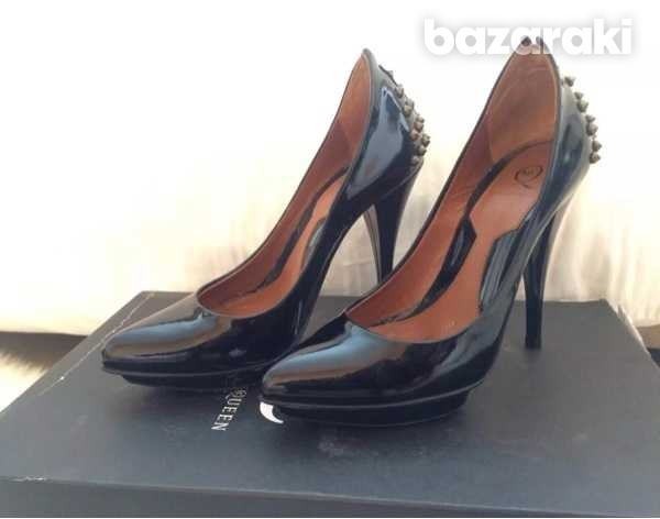 Mcq alexander mcqueen studded patent leather pumps black size 35-35.5-5