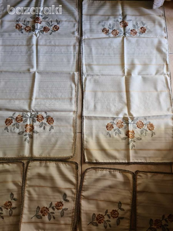 Two table runners and four small table cloths-1