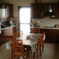 Detached 4 bedroom house in agios athanasios