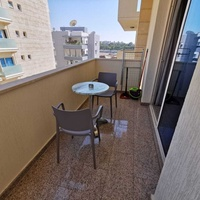 Spacious studio apartment 100meters from the beach