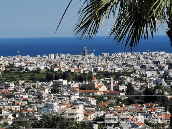6 bedroom villa with panoramic city view in ayia fyla-12
