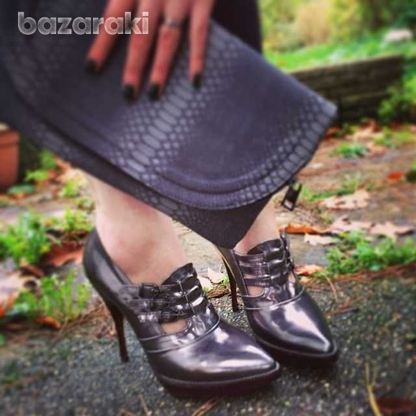 Branded stylish boots in sz 39,5-40-1