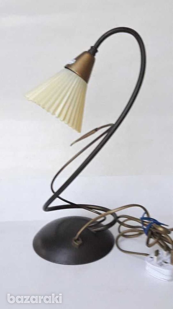 1960s vintage art deco beautiful table / office lamp, working. for dec-6