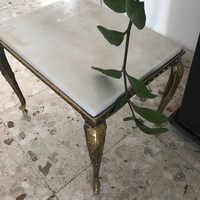Coffee table / small table / side table