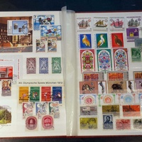 Worldwide stamps 113 sets-394 stamps n 34 miniature