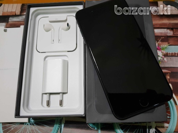 Apple iphone 8 plus 64gb grey with box and accessories-1
