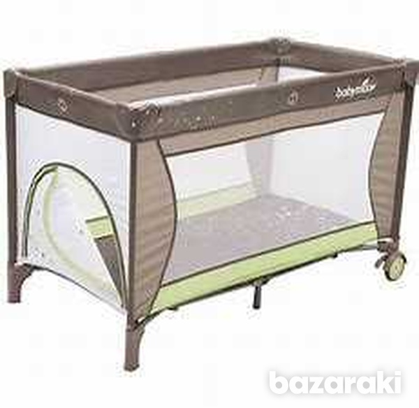 Babymoov bed and change with mattress-3