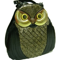 Bag in the shape of an owl