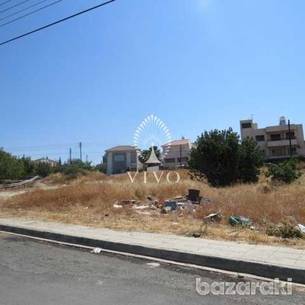Residential plot of 706 m2 in agia fyla-1