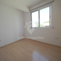 City center 2 bedroom apartment plus office
