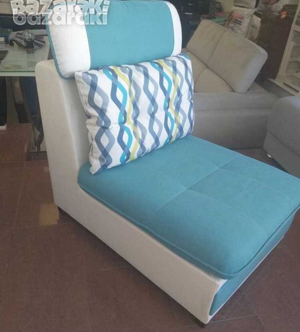 Italian single sofa in new condition with reclining pillow-3