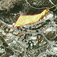 Building plot of 1000 m2 in agios tychonas with sea view