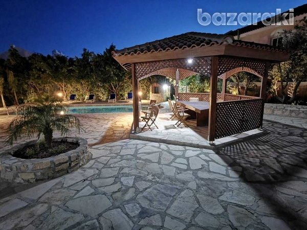 6 bedroom villa with panoramic city view in ayia fyla-3