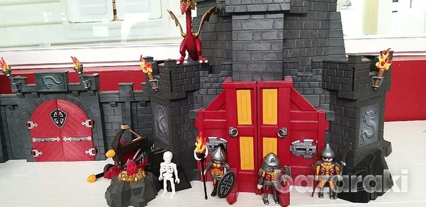 Playmobil dragons 2 castles and an ext. wall connecting them-4