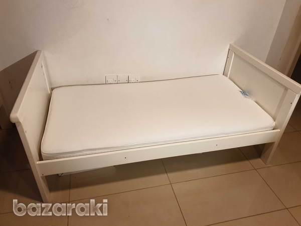 Mothercare cot bed with mattress-2