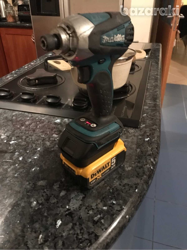 2 in one makita adaptor to use dewalt battery + usb charger-1
