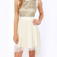 Darling cream dress with sequins / large